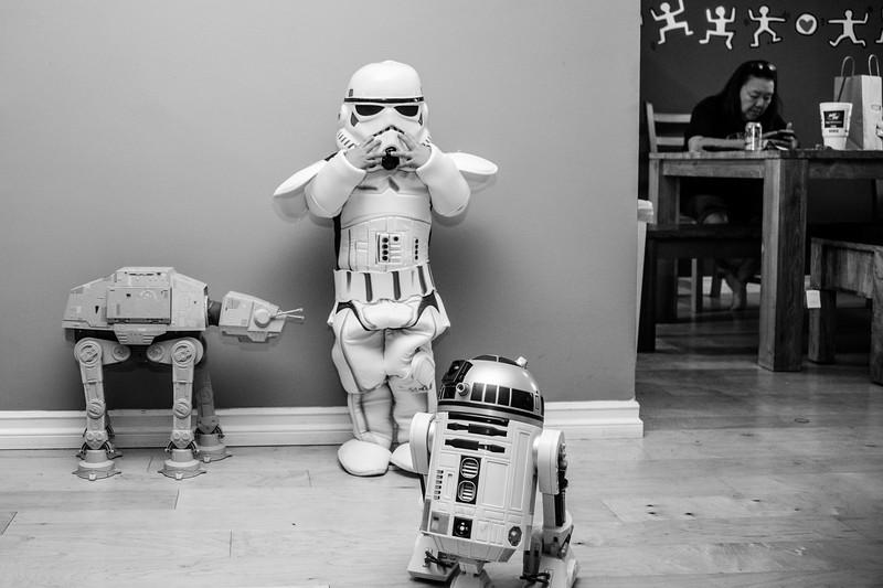 Halloween2017-AngusStormTrooper-1.jpg