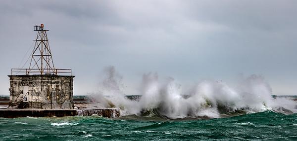 Porter Airport - Huge Waves - Feb 24, 2019