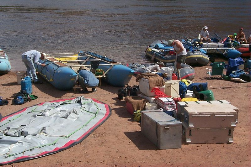 Inflating Boats   (May 25, 1999, 03:56pm)