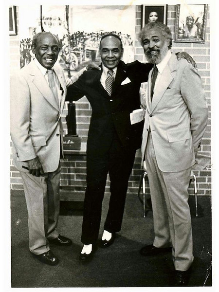 Novelist Ralph Ellison center & James E Stewart Sr on his left  Ralph Published in 1952, Invisible Man explores the theme of man's search for his identity
