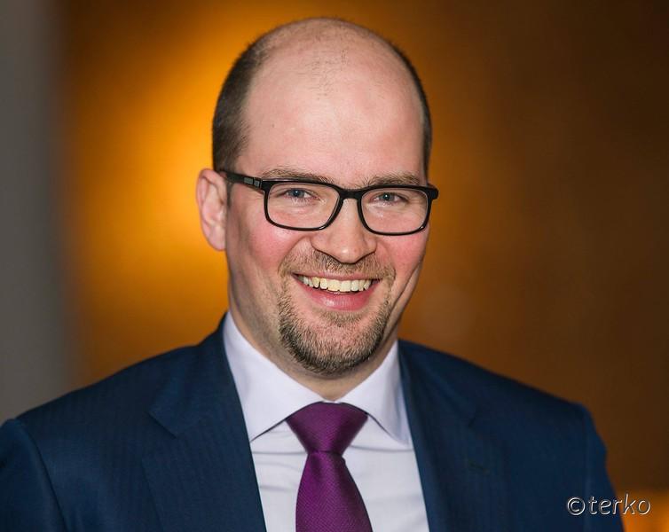 Исп. директор Альфа-банка