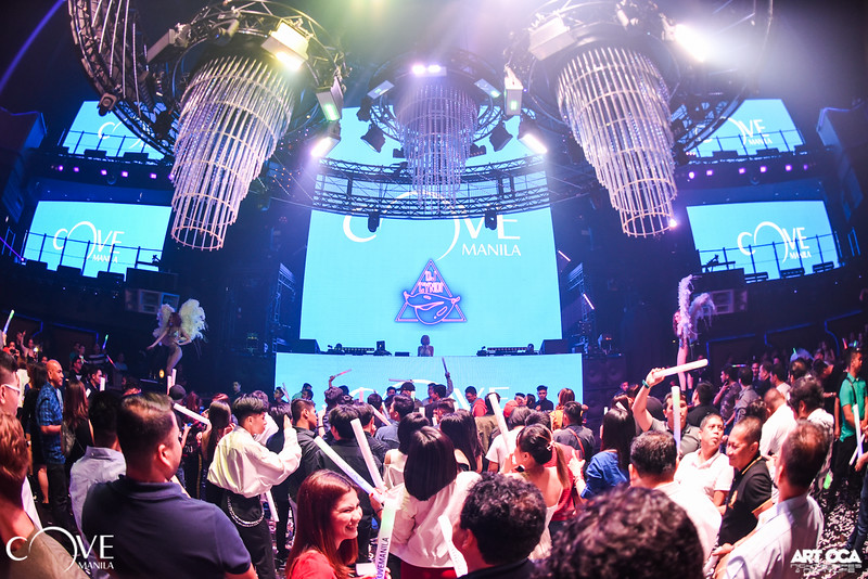 DJ Cyndi at Cove Manila (3).jpg