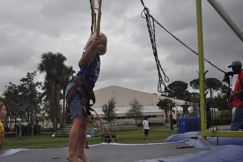 2009 December 6 Pine Crest Carnival 023.jpg