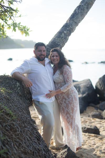 kauai-maternity-26.jpg