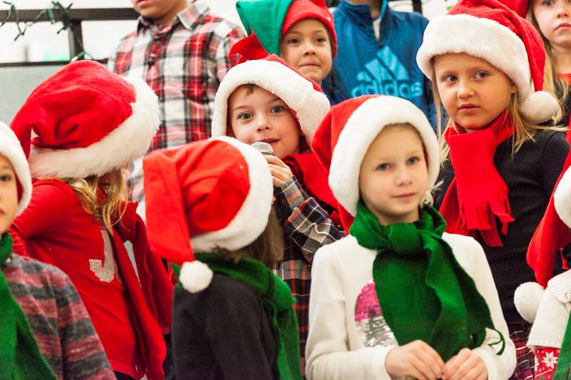 Christmas Kindergarten-83.jpg