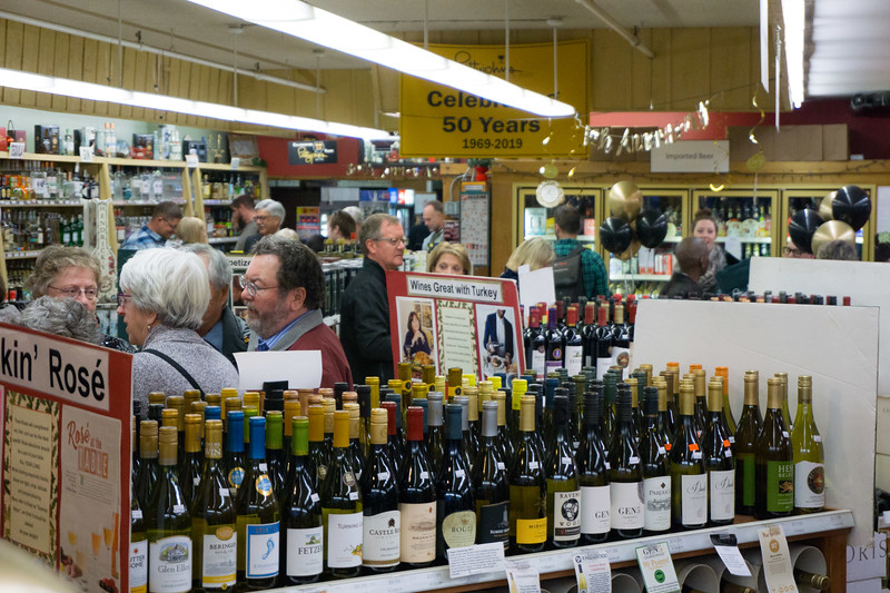 Pettyjohns 50th Anniversary wine beer boulder-65.jpg