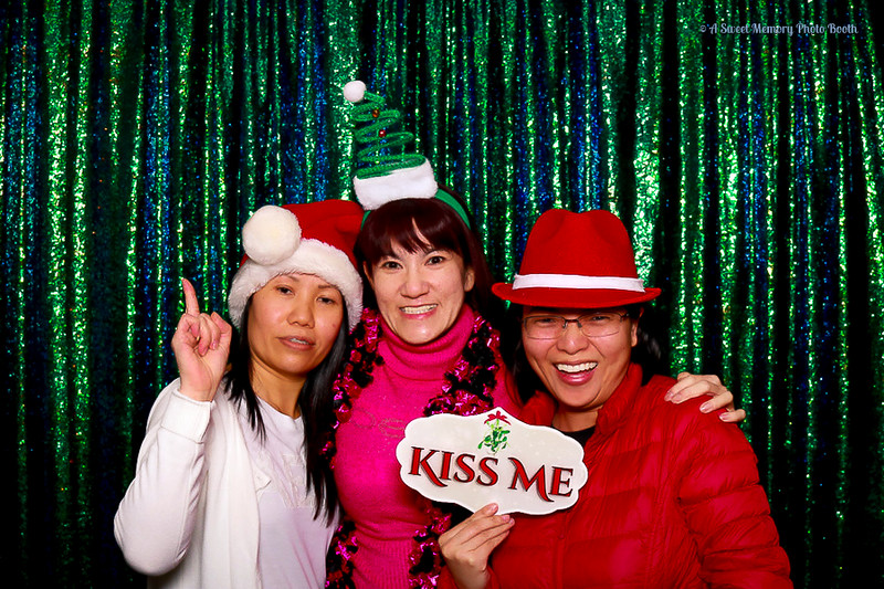 Medtronic Holiday Party -380.jpg