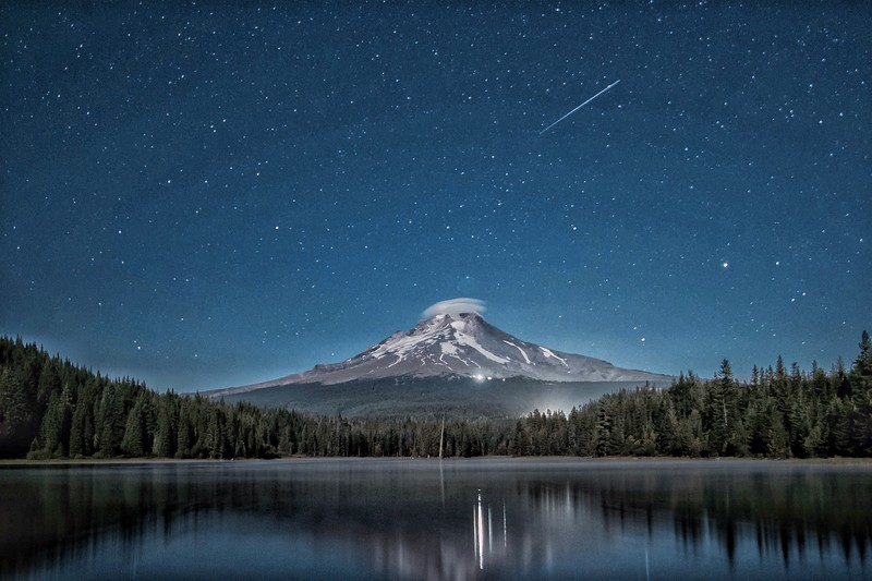 mt. Hood shooting star.JPG