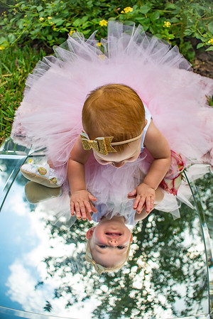 Meredith Narozny 1st Birthday Session