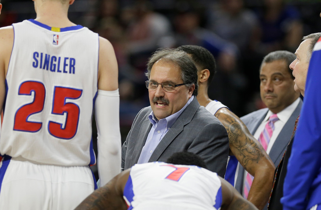 . Detroit Pistons head coach Stan Van Gundy talks to his team during a timeout during the first half of an NBA basketball game against the Phoenix Suns in Auburn Hills, Mich., Wednesday, Nov. 19, 2014. (AP Photo/Carlos Osorio)