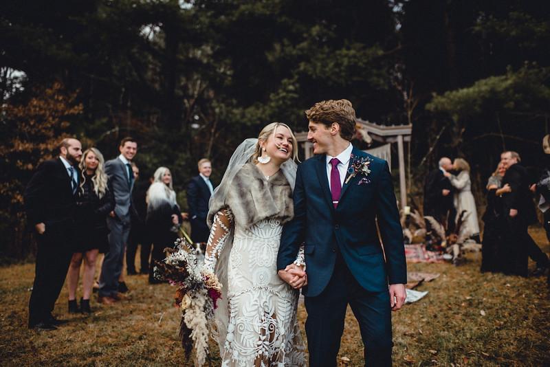 Requiem Images - Luxury Boho Winter Mountain Intimate Wedding - Seven Springs - Laurel Highlands - Blake Holly -1107.jpg