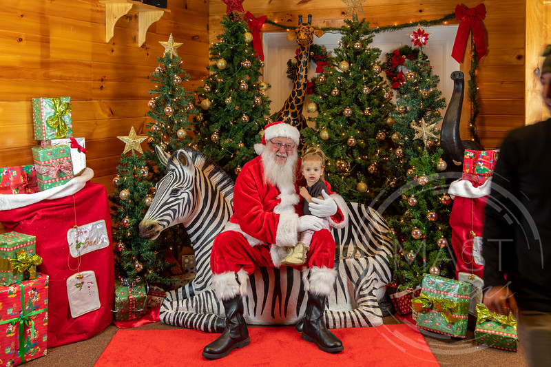 2019-12-01 Santa at the Zoo-7682.jpg