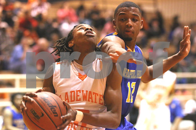 boys-hs-hoops-rdp-jan-23-gladewater-tops-chapel-hill
