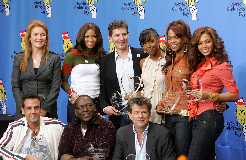 . .LOS ANGELES, CA - NOVEMBER 15: (Back row) The Dutchess of York Sarah Ferguson, singer Ciara, designer Doug Wilson, singers Kelly Rowland, Michelle Williams and Beyonce Knowles of Destiny\'s Child, (front row) actor/singer Calos Ponce, producer Randy Jackson and producer/songwriter David Foster pose at the 2005 World Children\'s Day at the McDonalds Los Angeles Ronald McDonald House on November 15, 2005 in Los Angeles, California. (Photo by Kevin Winter/Getty Images)