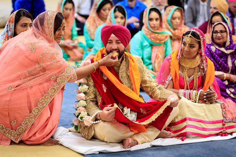 Neelam_and_Matt_Gurdwara_Wedding-1481.jpg