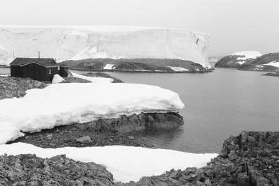 South of the Antarctic Circle, Akademik Sergey Vavilov, Jan 2013