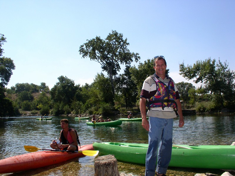 dale on the sorgue river.JPG