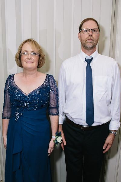 Lindsey & Mathew's Summer Anderson Gardens Wedding