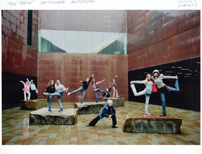 Dance_2357_a.jpg