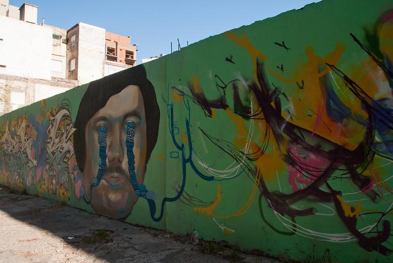 Buenos Aires Graffiti 141.jpg
