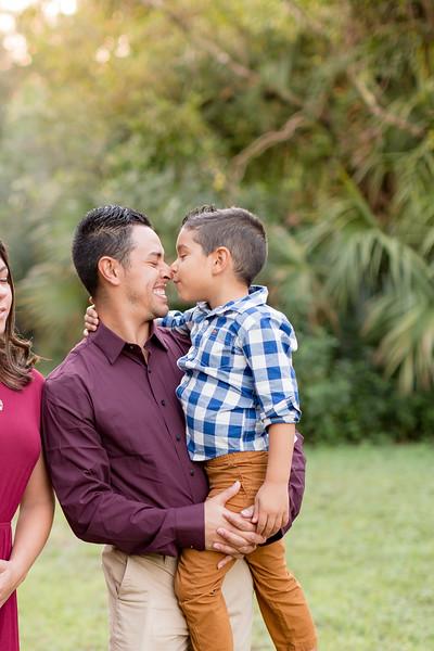Ariza Family 2020-44.jpg