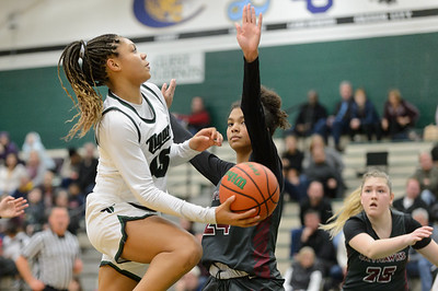 Tigard High School Varsity Basketball vs Southridge