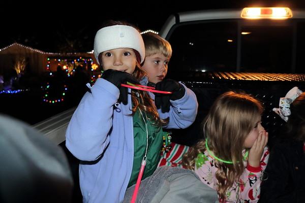 Christmas Caroling in Sherwood 12-22-18