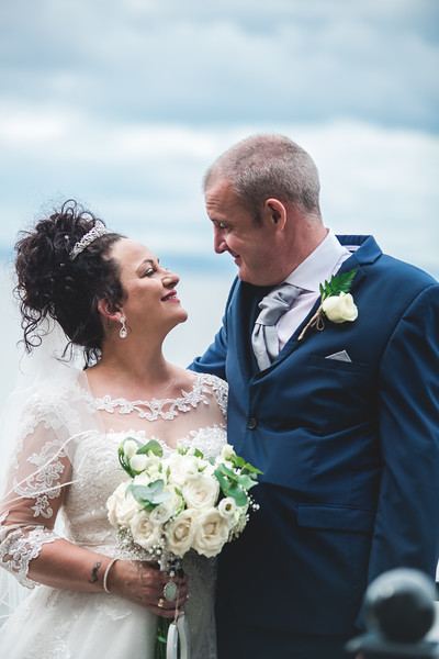 Mr & Mrs Wallington-379.jpg