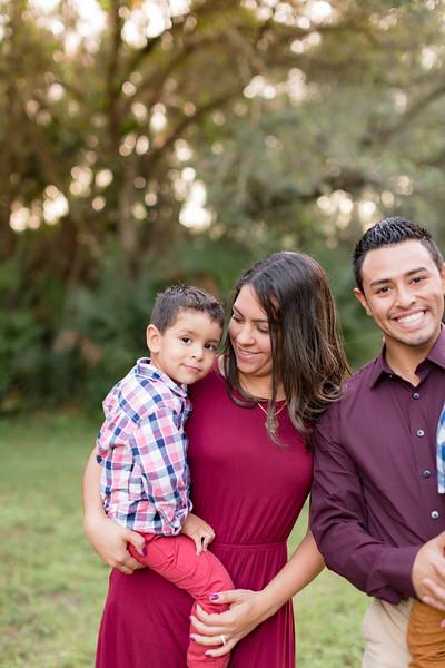 Ariza Family 2020-43.jpg