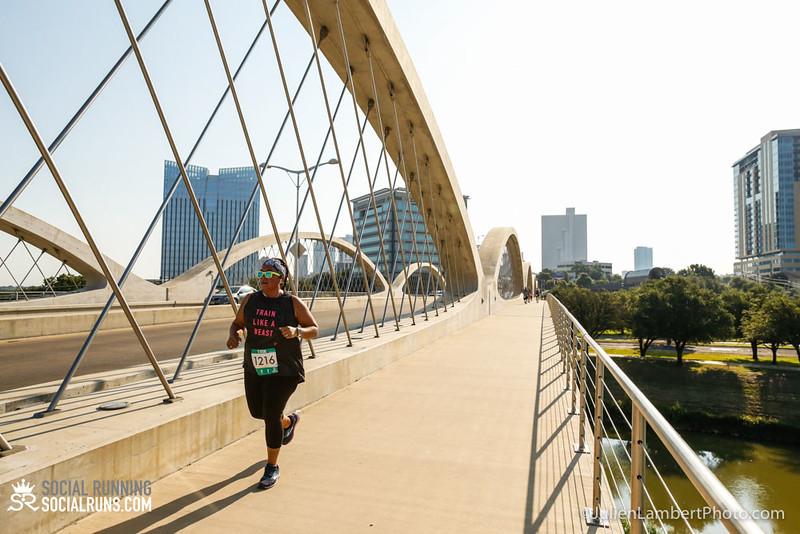 Fort Worth-Social Running_917-0545.jpg