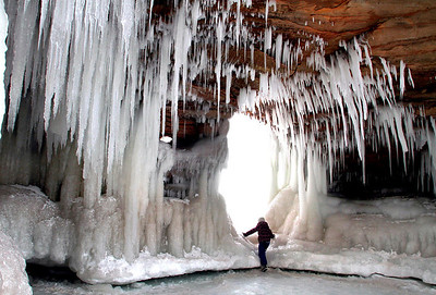 Apostle Islands ice caves