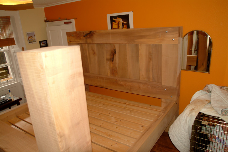 3/4 ton double bed made from green Yew.
