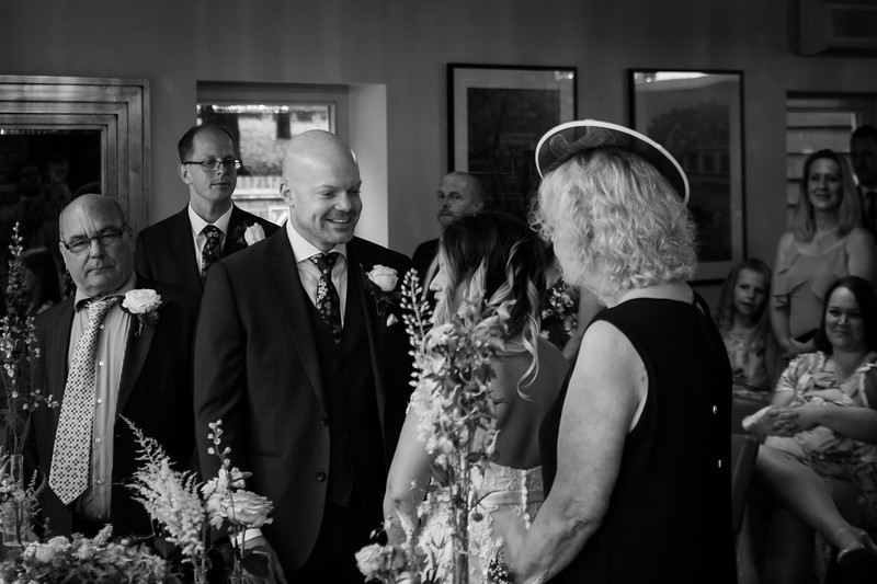 Sam_and_Louisa_wedding_great_hallingbury_manor_hotel_ben_savell_photography-0058.jpg