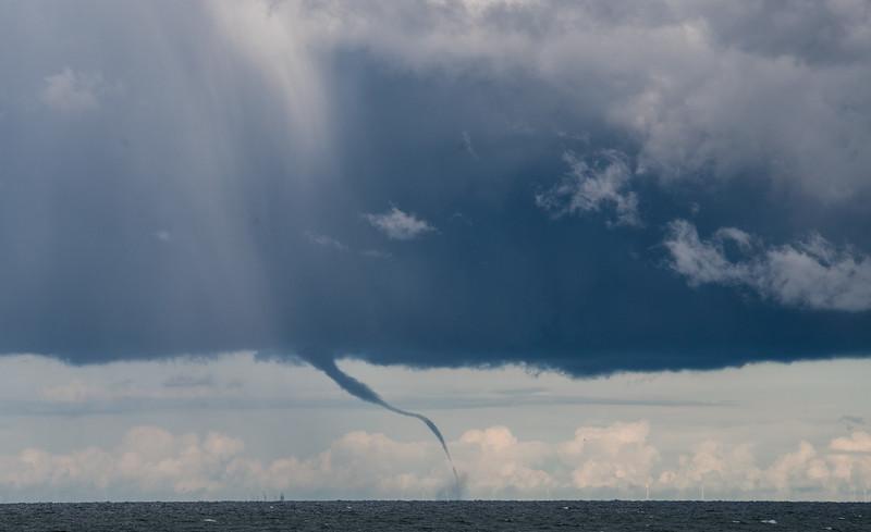 big storm over Lake Erie-1.jpg