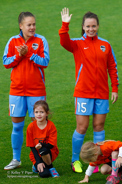 Andressa and Allysha Chapman - Player Introductions (14 May 2016)