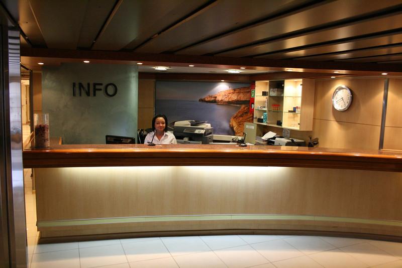 2010 - On board M/S KRISTINA KATARINA : reception and info, deck 5.