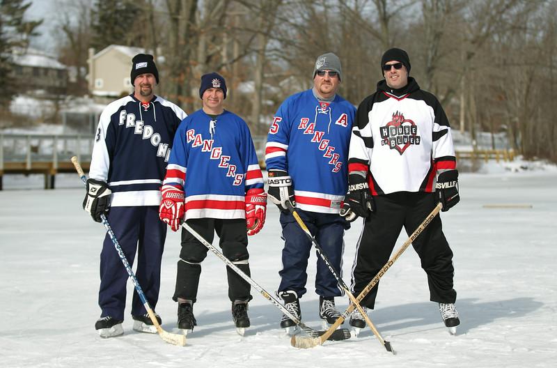 20140208_EMCphotography_PondHockeyCongersLakeNY-2.jpg