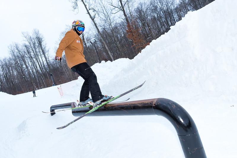 The-Woods_Snow-Trails-Mansfield-Ohio-8492.jpg