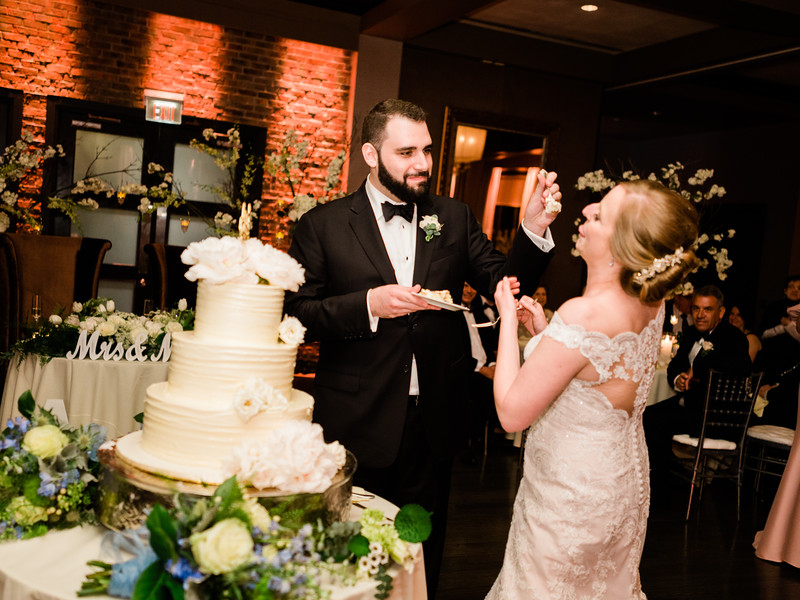 12 Toasts, Cake and Reception-076.jpg