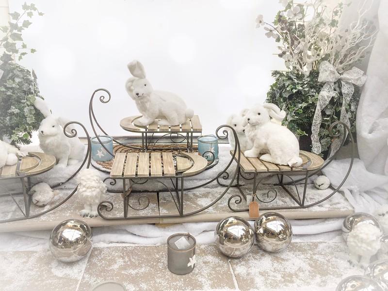 White_Christmas_Rabbits.jpg