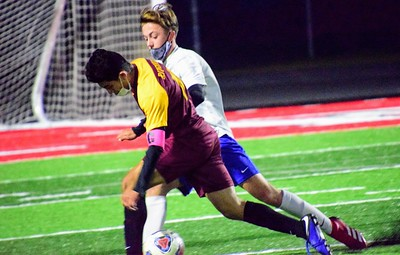 HS Sports - Riverview vs. Gibraltar Carlson Boys Soccer