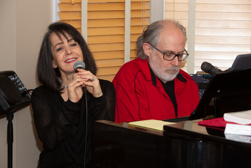 "010520 Linda Roeder & Roy Braverman's event ""Warm our new house with MUSIC!"" 20-001"
