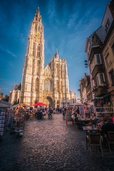Our-lady-of-Antwerp-street.jpg