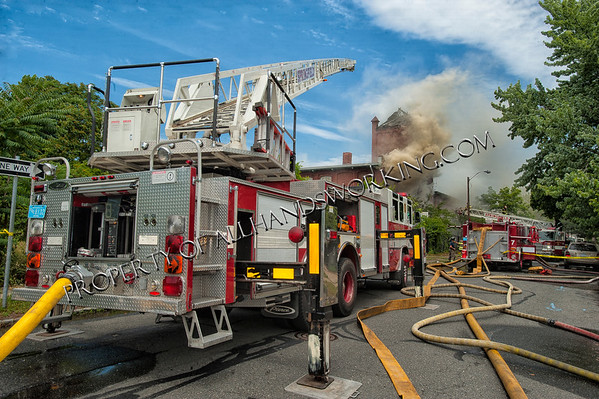 Springfield, MA 2nd alarm 140 Wilbraham Ave