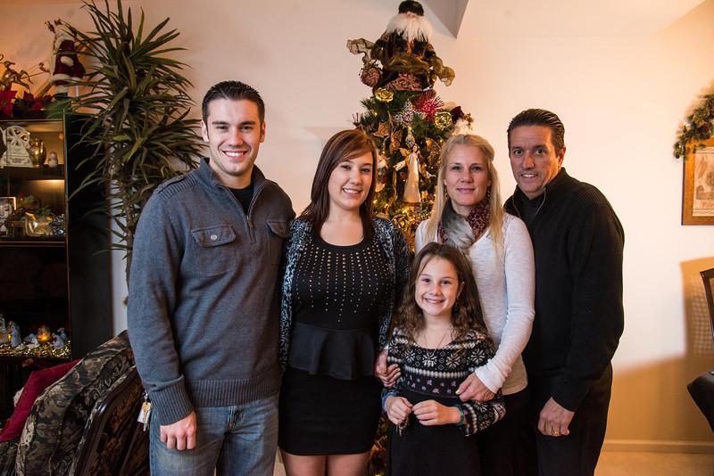 Family2013 (347 of 368).jpg