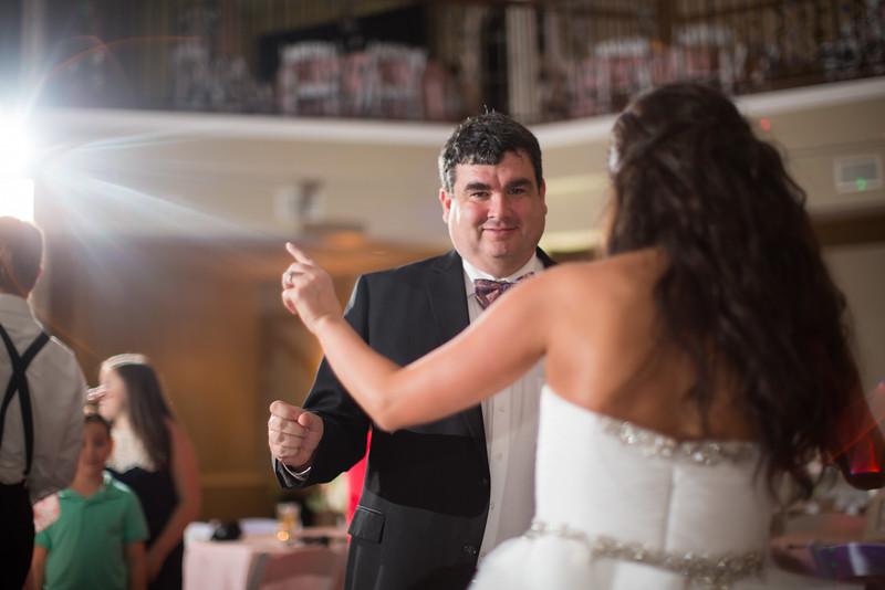 1142_Josh+Lindsey_Wedding.jpg