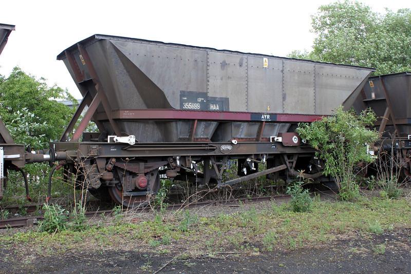 HAA 355699 Worksop Yard, 08/05/11.