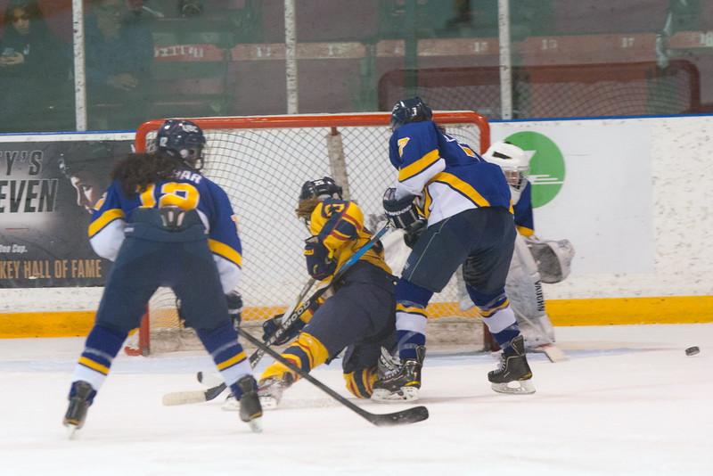 20130310 QWHockeyvsUBC 664.jpg