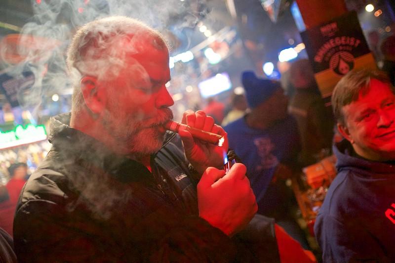 Party Source Cigar  12.jpg