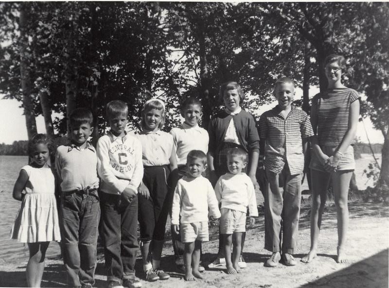 1954 Ricca, Havill, Mieras Kids.jpg